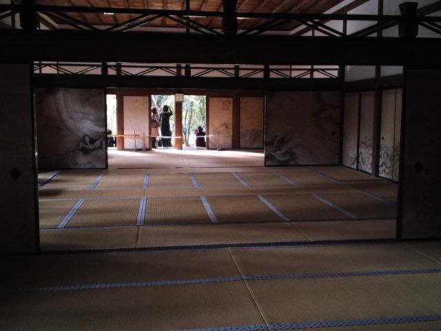 龍安寺の邸内です。方丈広間。