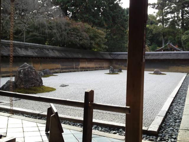 龍安寺の石庭。
