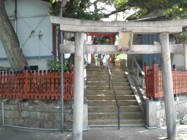 桃ヶ池公園の神社は「股ヶ池明神」