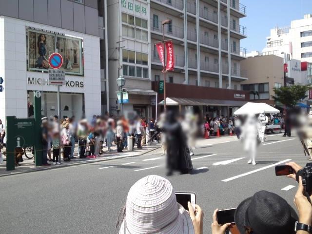 フラワーロード~三宮中央通りまでをパレードする「おまつりパレード」の写真2