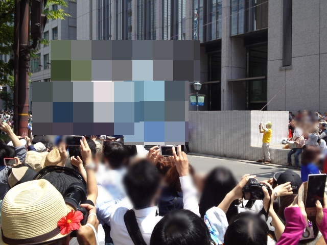 毎年神戸まつりは100万人もの人が訪れます。