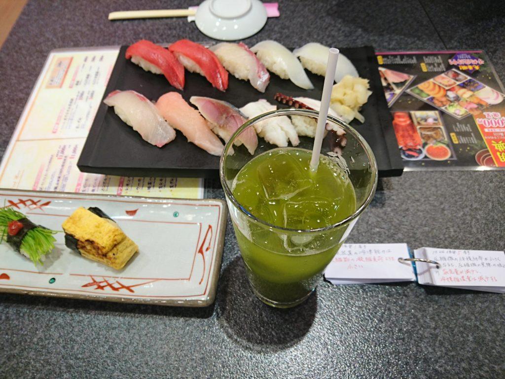 芽ネギのお寿司やいかげそ、かんぱち、鯛などを注文。