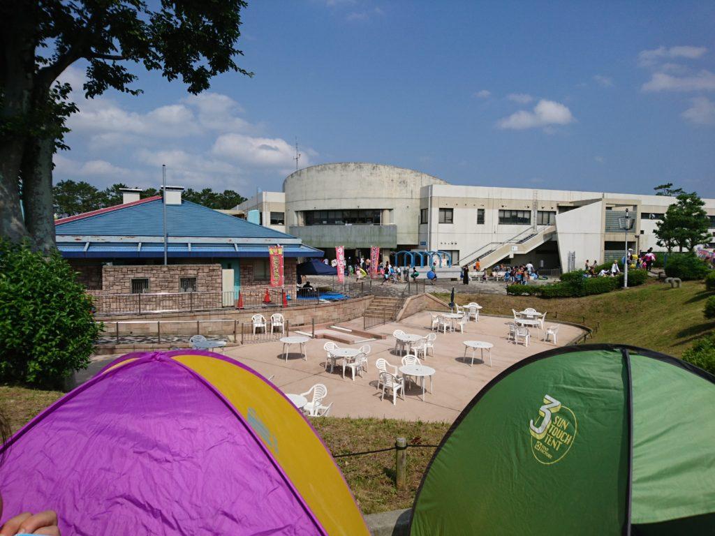 テントを張る位置は流水プール・渚プール・幼児プールのどこが良いかというと